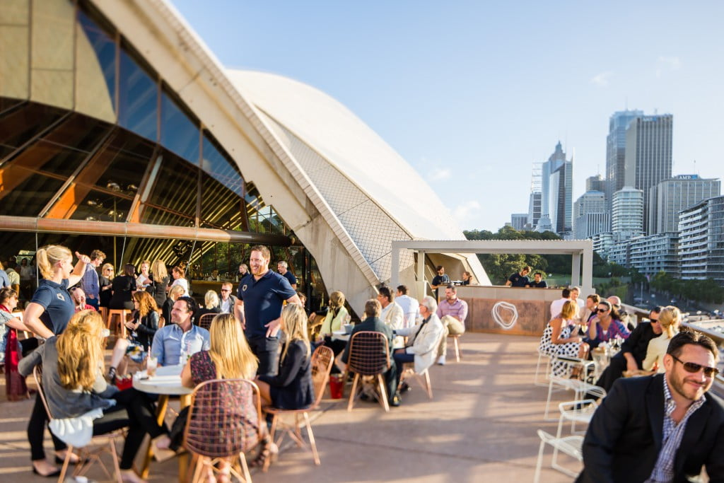 The bennelong balcony bar eat drink play for The balcony bar sydney