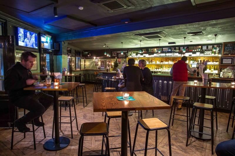 The Carrington - bar