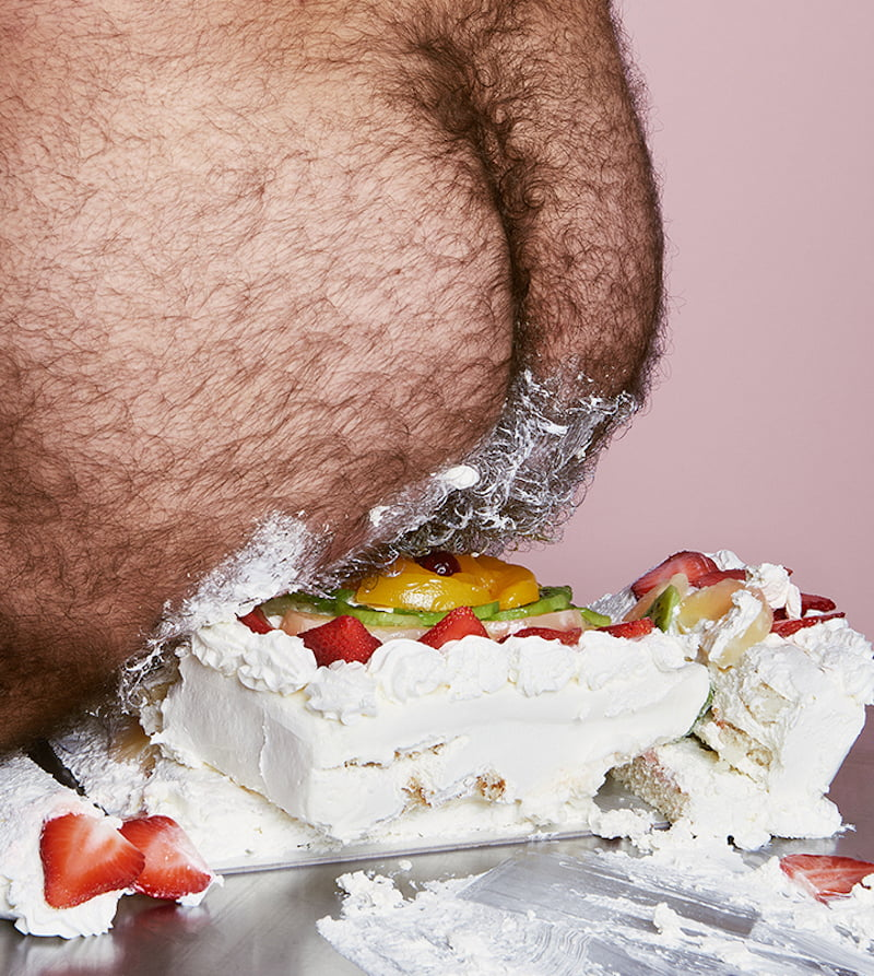 cake-holes-bompass-and-parr-sploshing