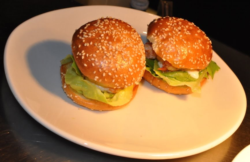 hotel ravesis prawn sliders