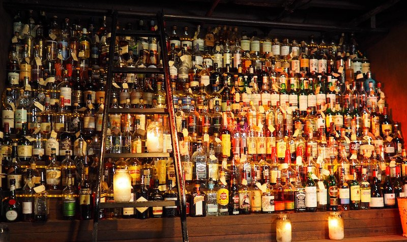 baxter-inn-whisky-wall
