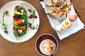 Little Collins Café Opens in Freshwater