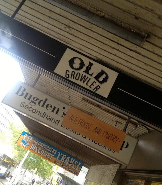 The-Old-Growler-Bar-Woolloomooloo-1