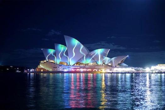 Vivid-Sydney-Cruise-Bar
