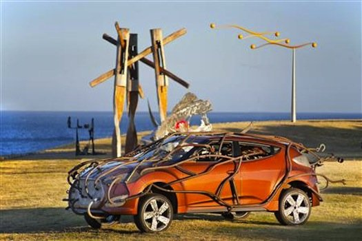 Hyundai-and-Sculpture-by-the-Sea-a-Variation-on-Veloster2_450