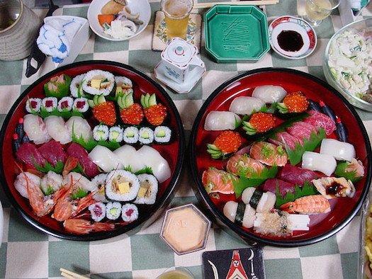 sushi-chopsticks-1