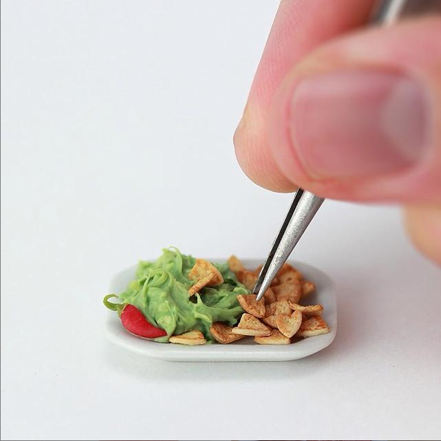 shay-aaron-miniaturist-6