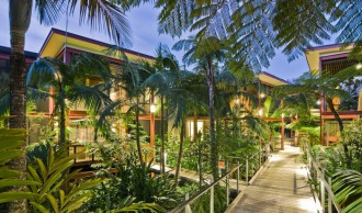 Byron-at-Byron-Rainforest-Rooms-e1444612976917