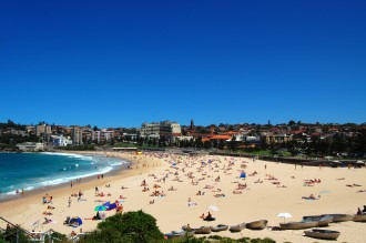 Coogee_Beach_view_from_Dolphin_Point