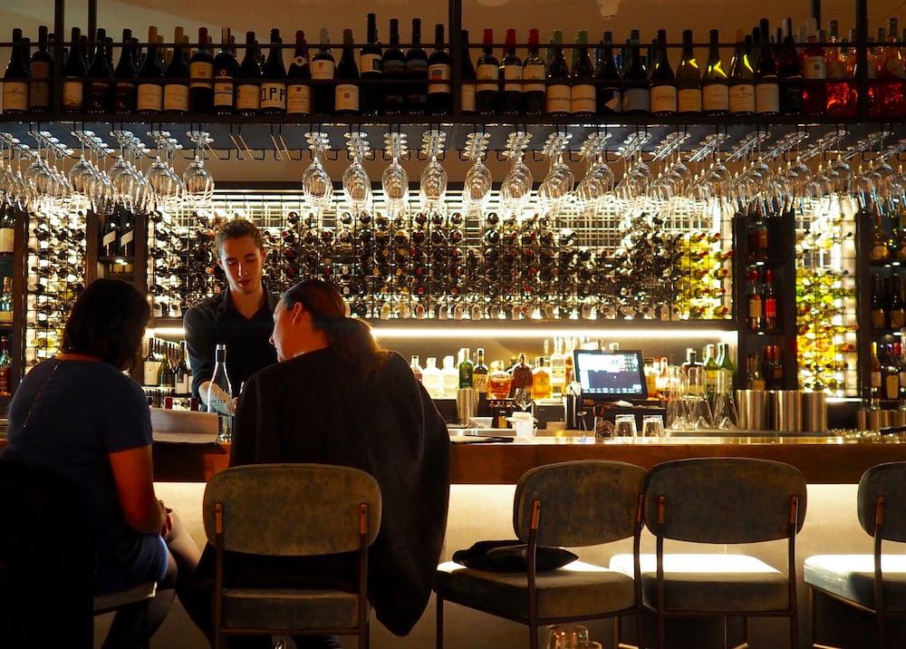 mistelle-bar inside