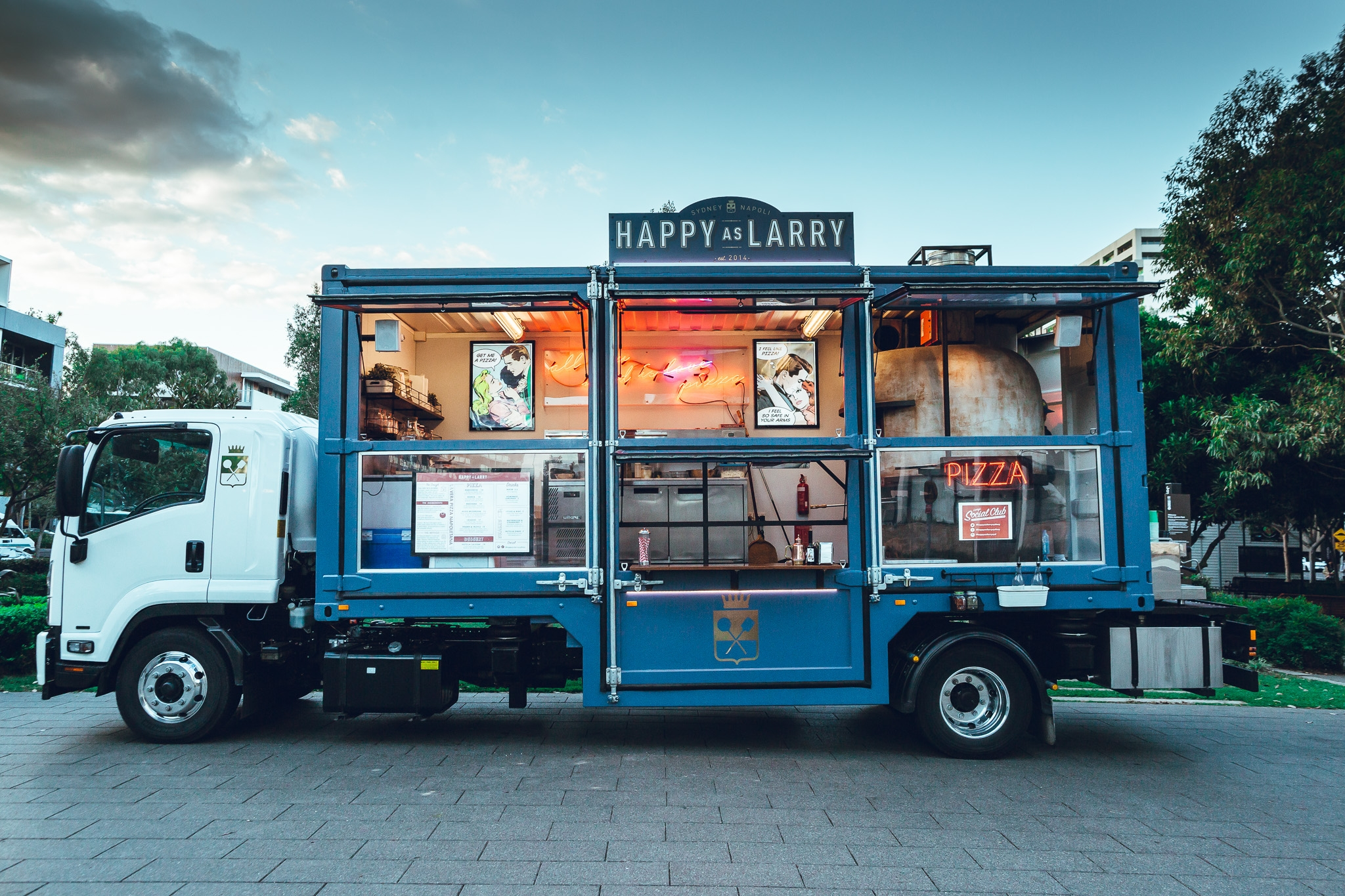 12 best sydney food trucks eat drink play for Cool food truck designs