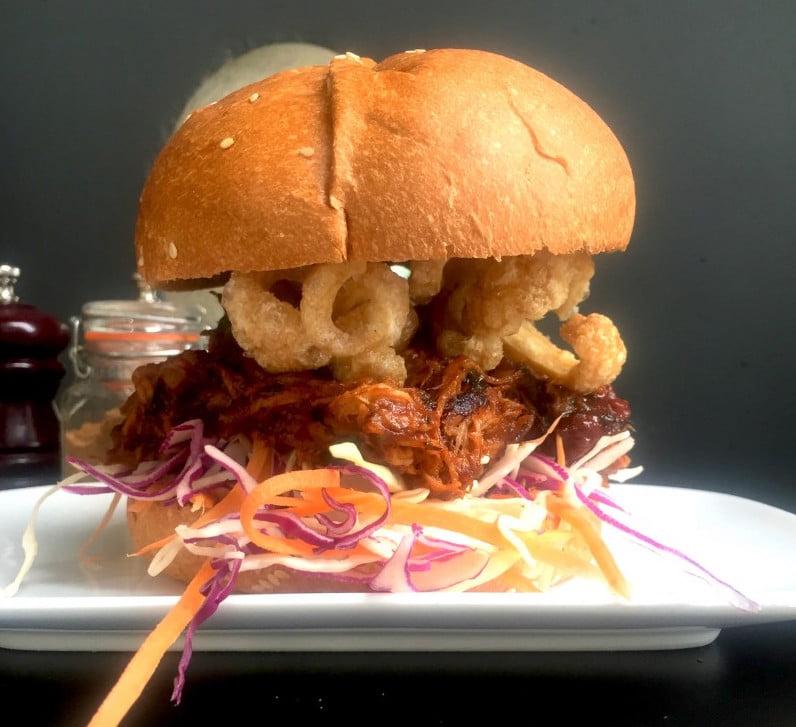 Sticky Fingers - Pulled Pork Burger