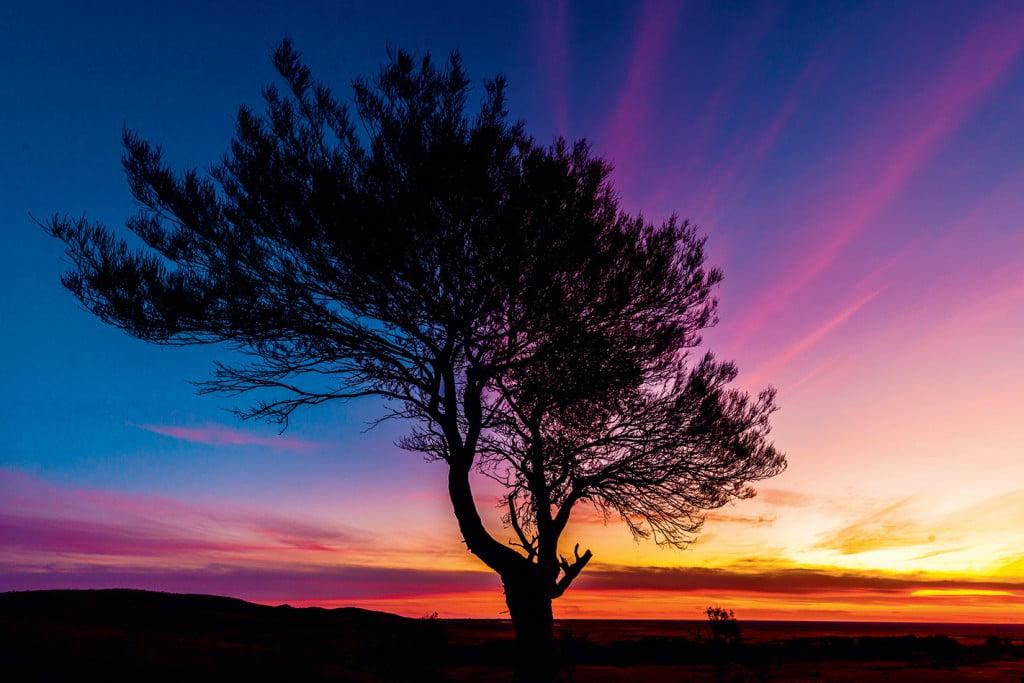 sunset-over-the-mundi-mundi-plains