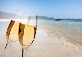 avalon-nye-beach-champagne
