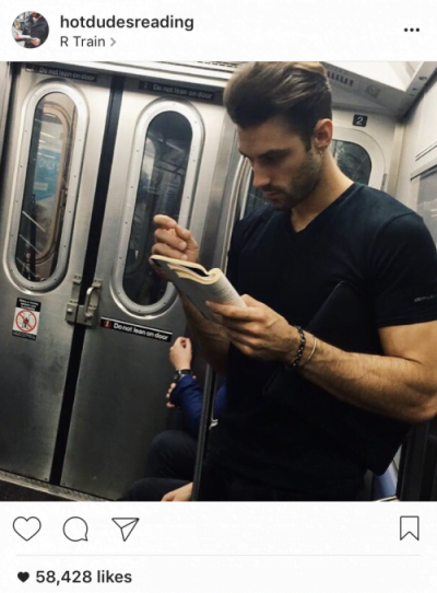 instagram-hot-dudes-reading