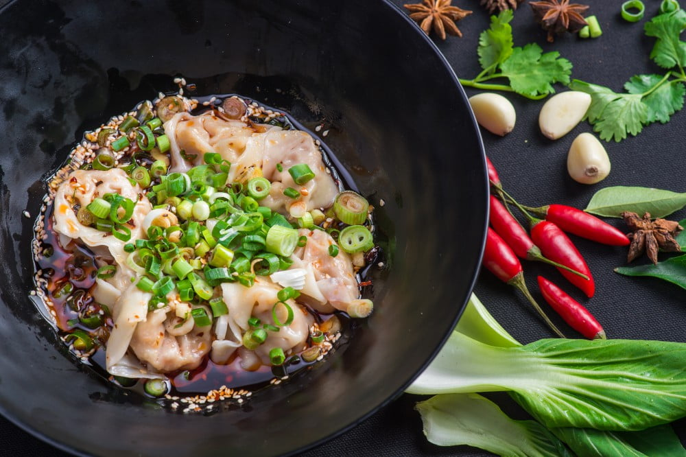 Shanghai pork wonton in chilli sauce