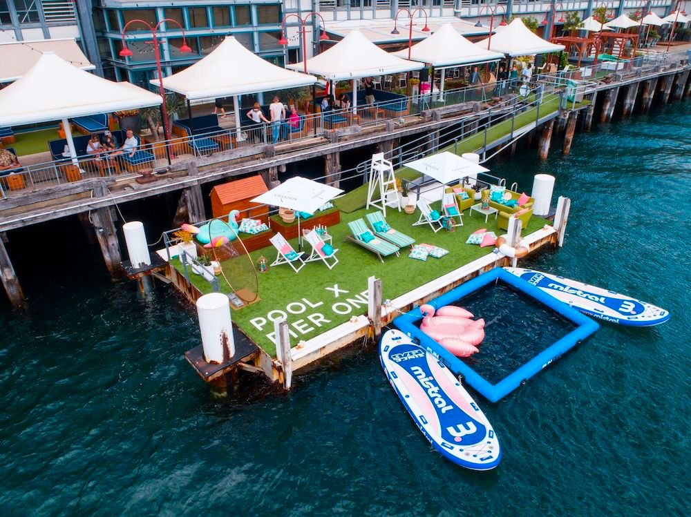 pier one 39 s pop up pool and bar is back this summer eat drink play. Black Bedroom Furniture Sets. Home Design Ideas