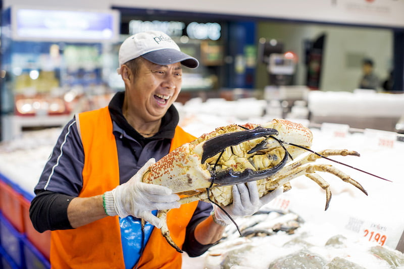 easter long weekend seafood markets