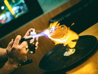 Gweilo flaming cocktail