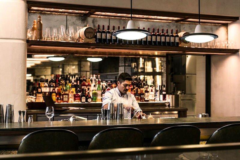 Matteo Downtown bar